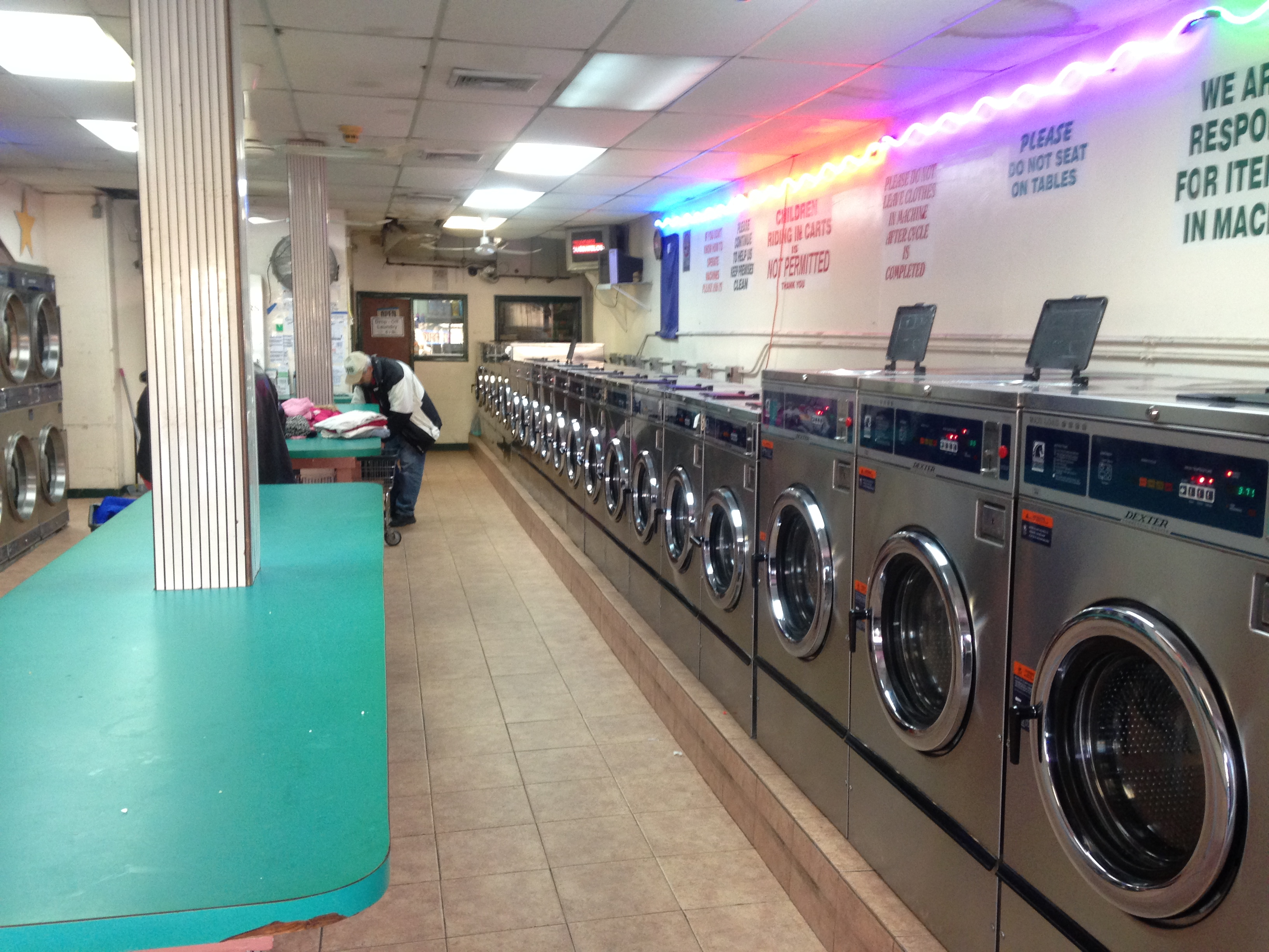 Laundromat – Long Island ==== SOLD!!!!
