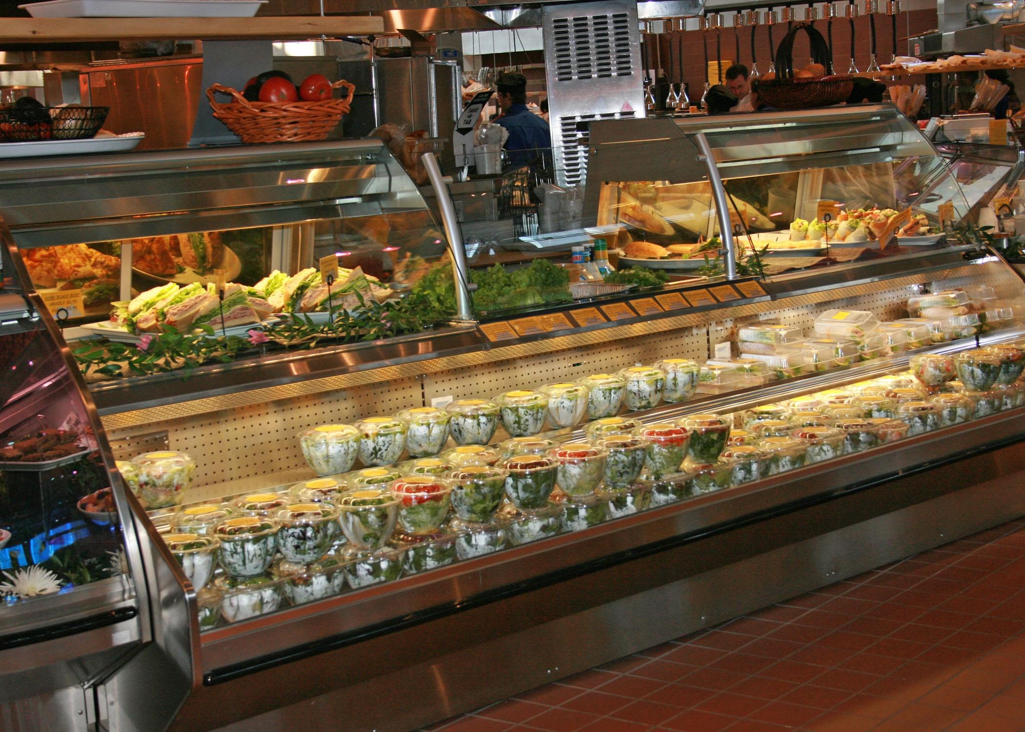 Deli  皇后区 食品便利店  汽车经销商密集的区域