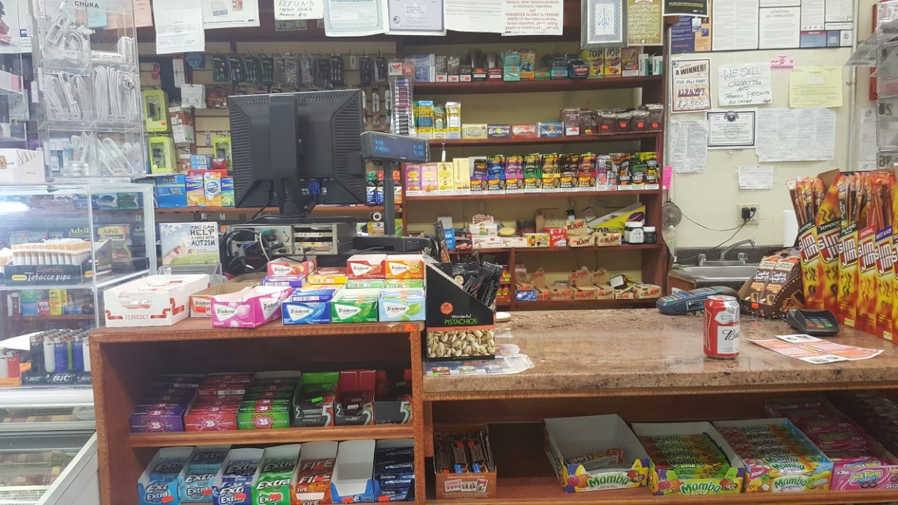 Deli Grocery – Hottest Location